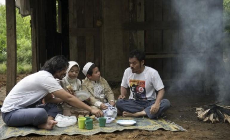 Foto Adegan Film 'Seputih Cinta Melati'